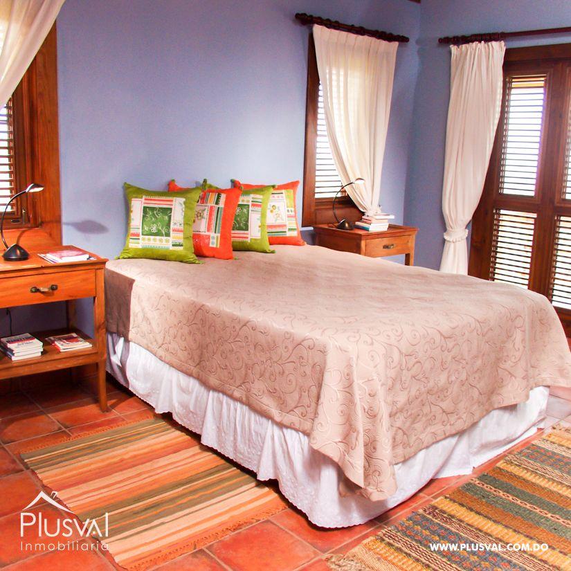 Villa en venta en Jarabacoa con amplios jardines 159870