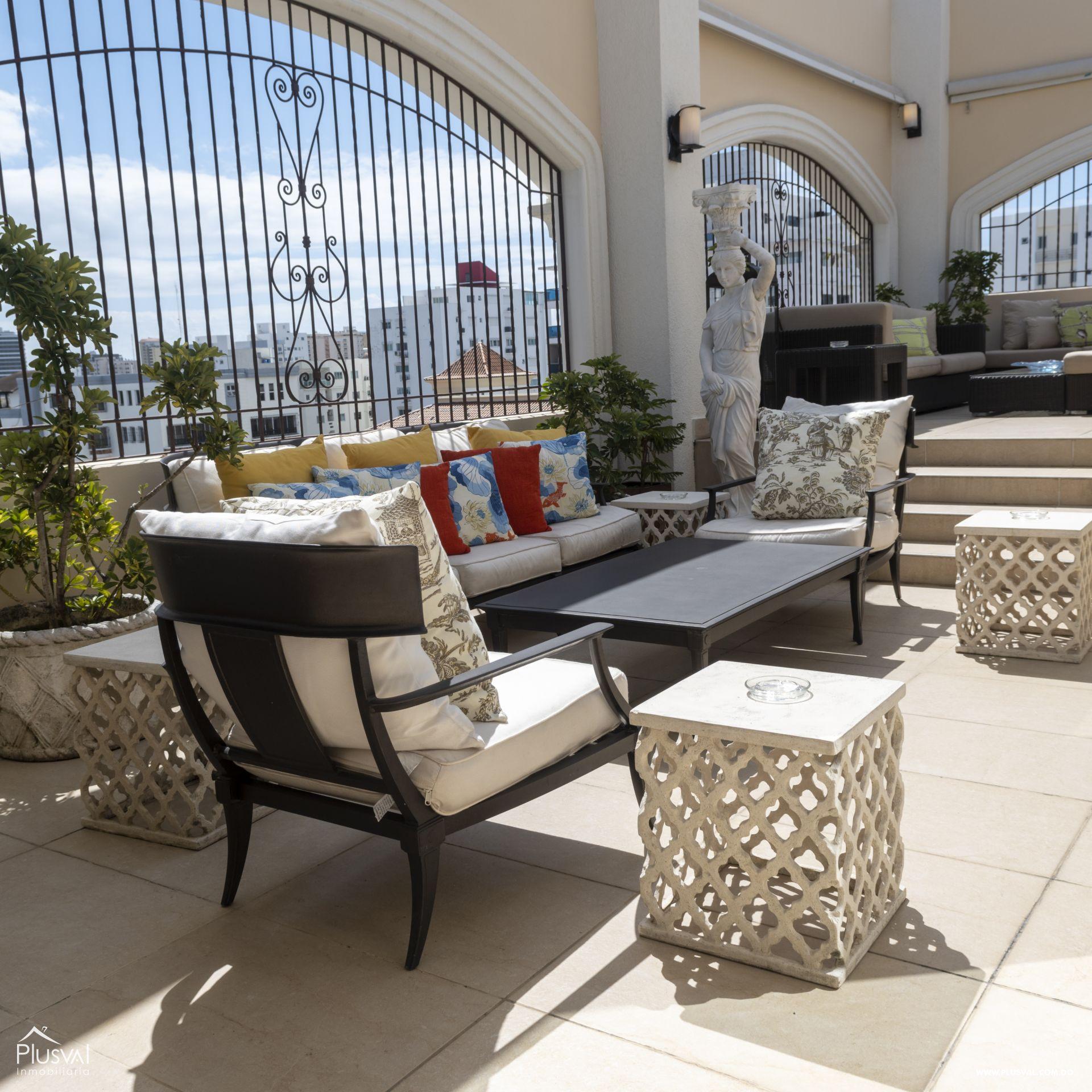 Penthouse en Venta en Naco con 8 parqueos 155350