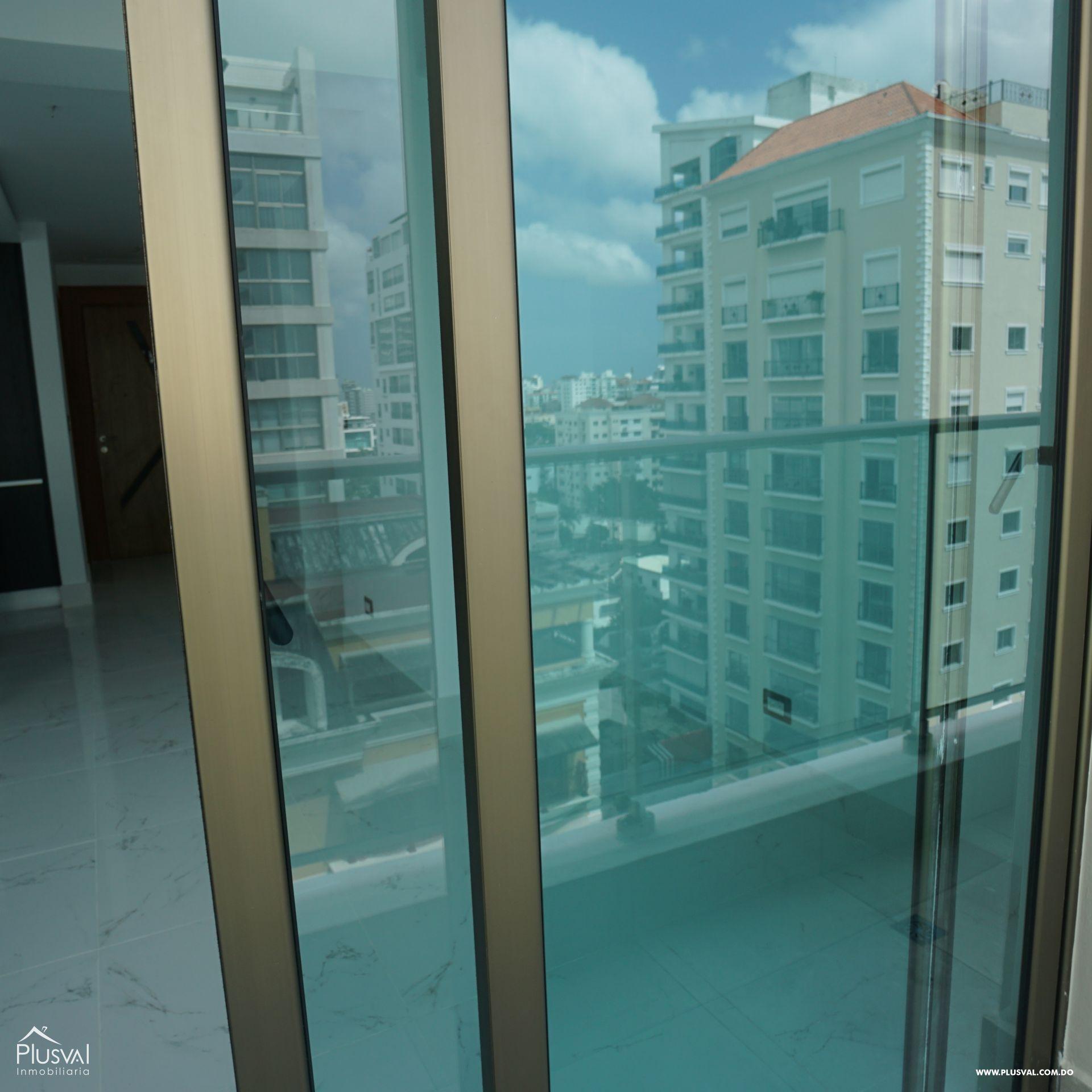 Apartamento en alquiler con linea blanca en Piantini 183091