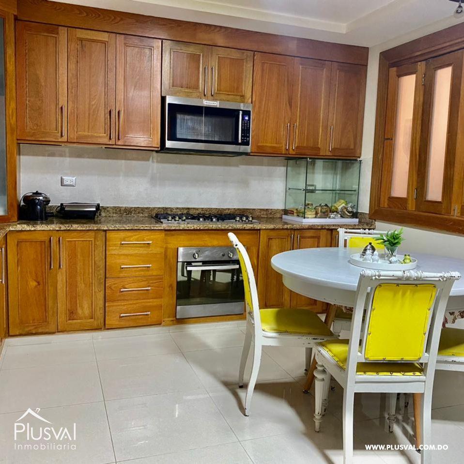 Amplio apartamento, en zona exclusiva de Santiago 172177