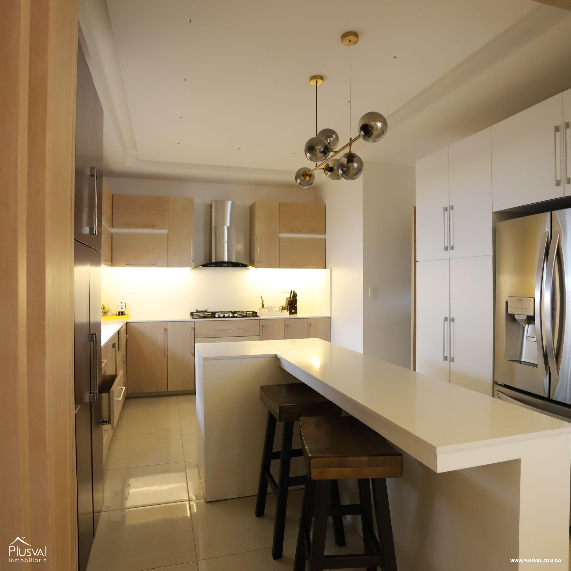 Impresionante Residencia Privada en Proyecto Cerrado 179184