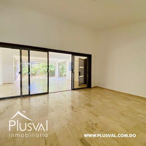 Hermosa casa en alquiler en zona residencial y exclusiva en Los Rios Arroyo Hondo 169694