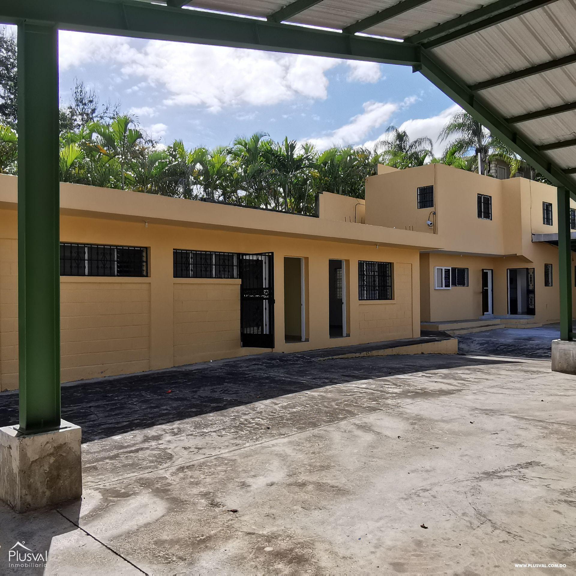 Alquiler Almacén-Nave Industrial con Oficinas y Parqueos en Arroyo Hondo 168568