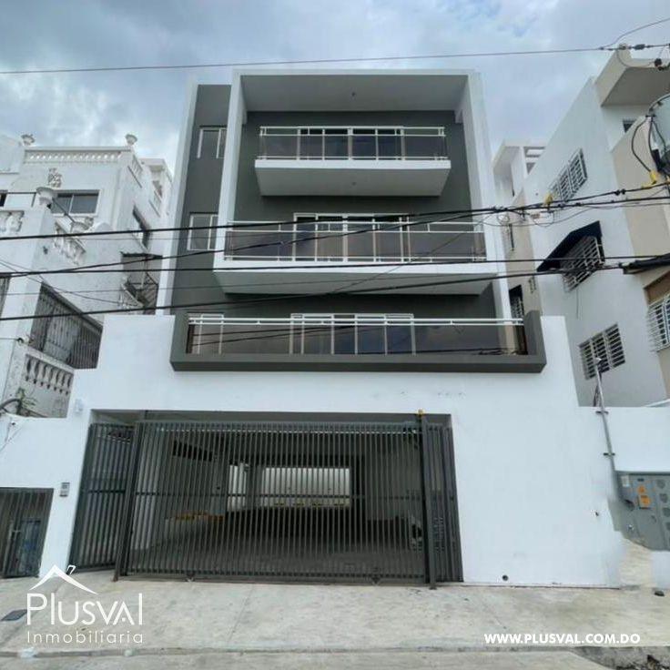 Apartamento con terraza de venta en Jardines del Sur