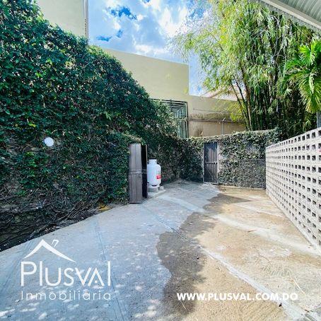 Hermosa casa en alquiler en zona residencial y exclusiva en Los Rios Arroyo Hondo 169700