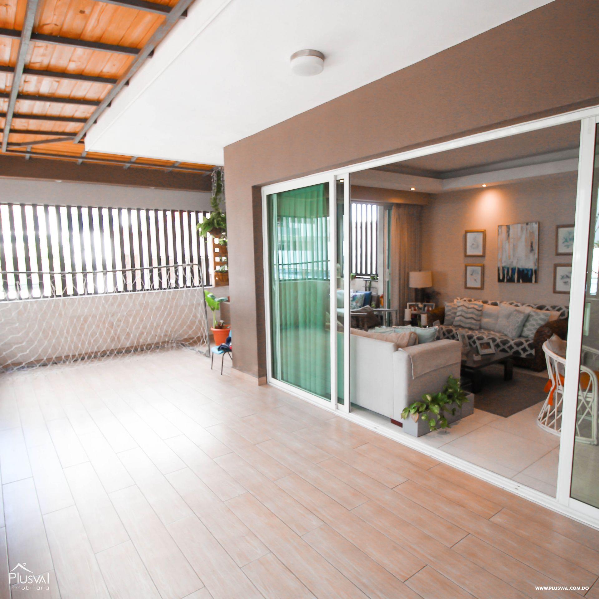 Apartamento en Venta con Terraza en Naco 157345