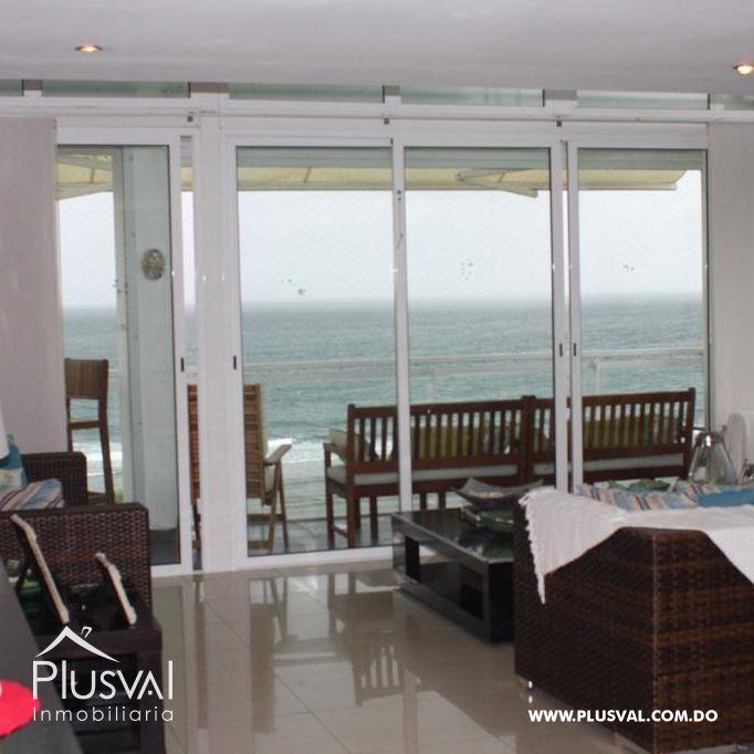 Moderno Penthouse, primera linea de playa en Juan Dolio con capacidad para 14 personas y amplia terraza. 168403