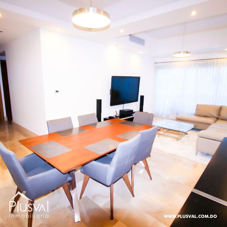 Elegante y amplio apartamento en Serralles 190052