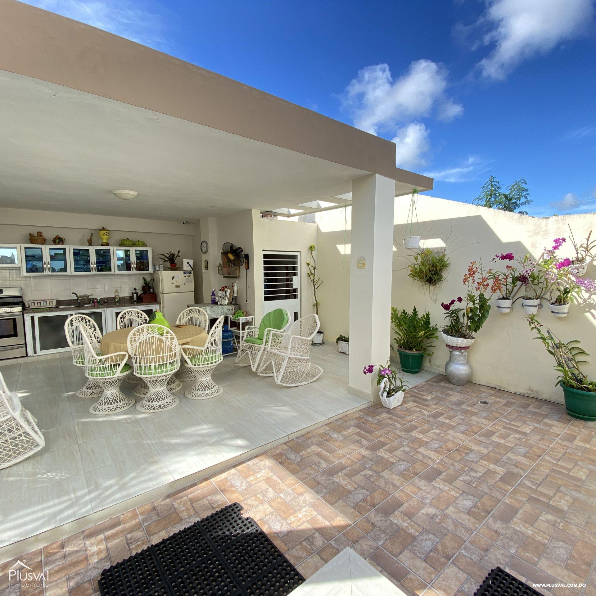 Casa en venta, en Higüey 162122