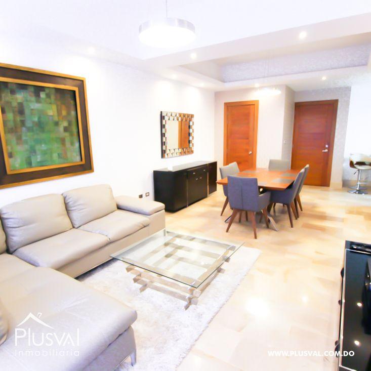 Elegante y amplio apartamento en Serralles 190050