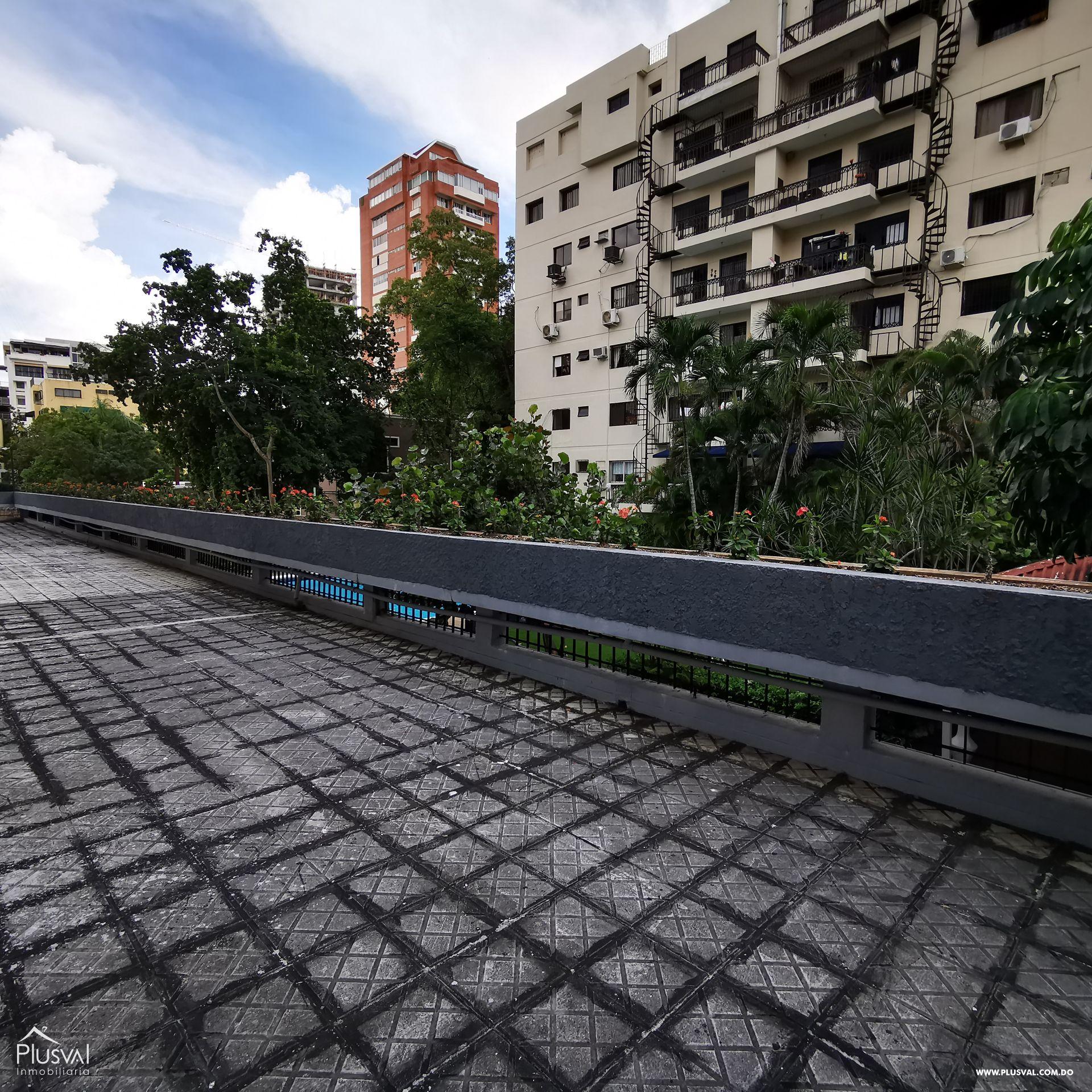 Penthouse de Oportunidad en Piantini con las Mejores Areas Sociales de la Ciudad 162095