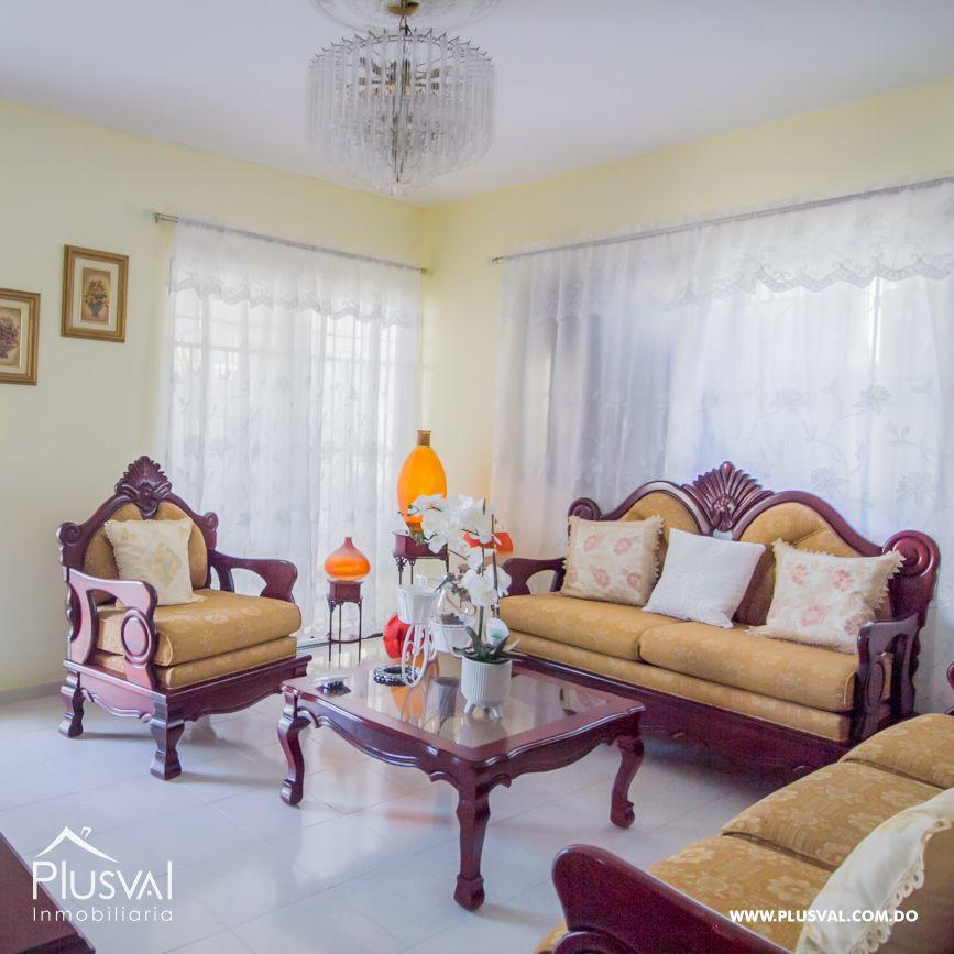 Casa con amplio terreno en Paraiso 168961