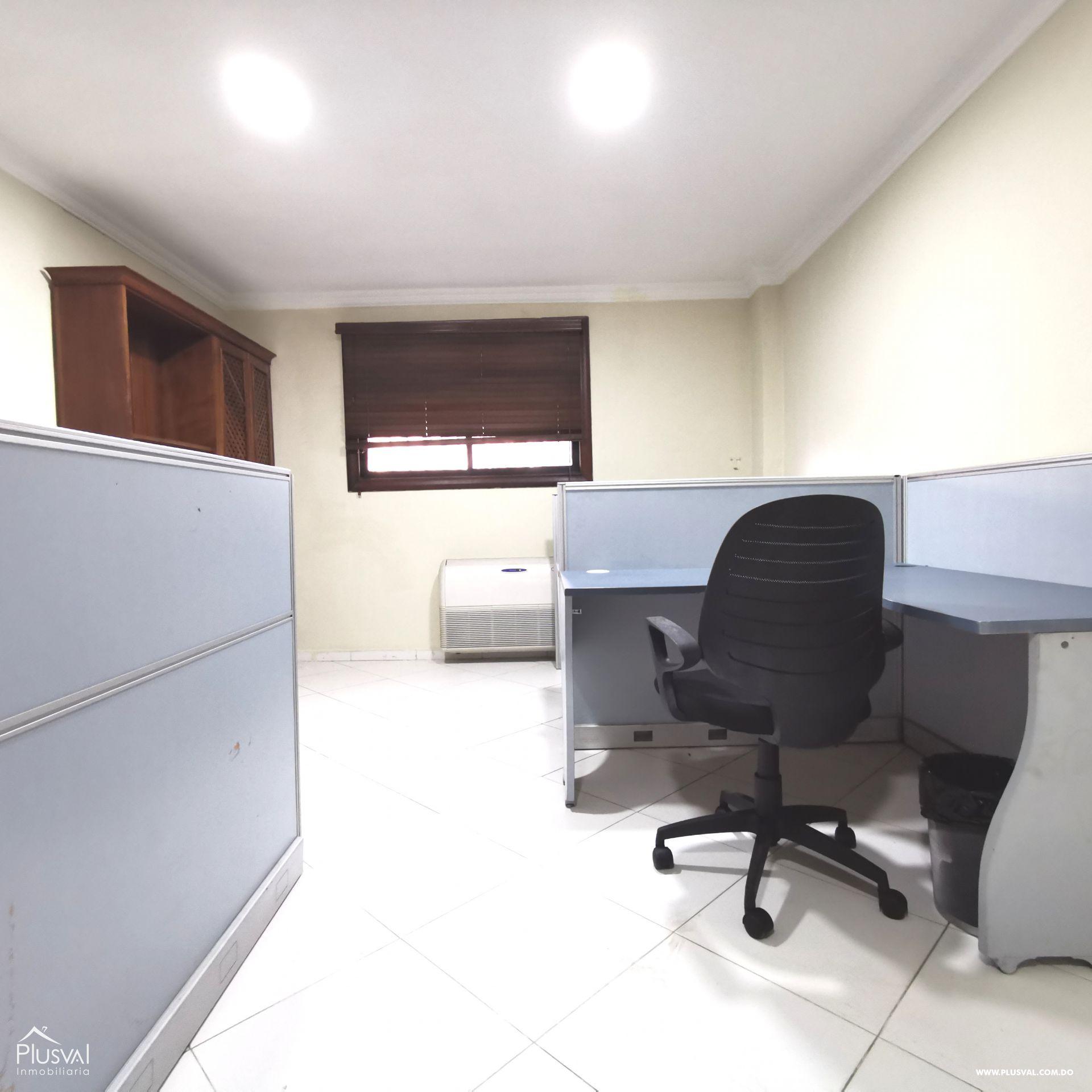 Se alquila oficina/local en Gazcue 191430