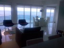 Apartamento en alquiler, Malecon, 9no. Piso MUEBLES Y LINEA BLANCA