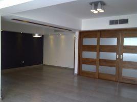 Apartamento en alquiler con LINEA BLANCA, 6to.nivel en Serralles EN