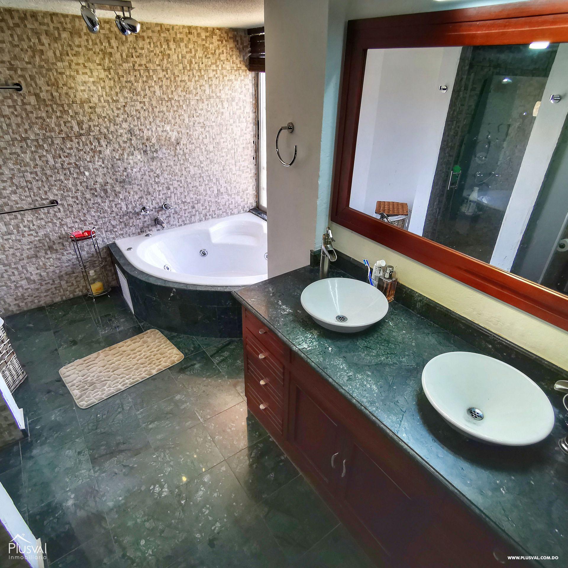 Penthouse de Oportunidad en Piantini con las Mejores Areas Sociales de la Ciudad 162084