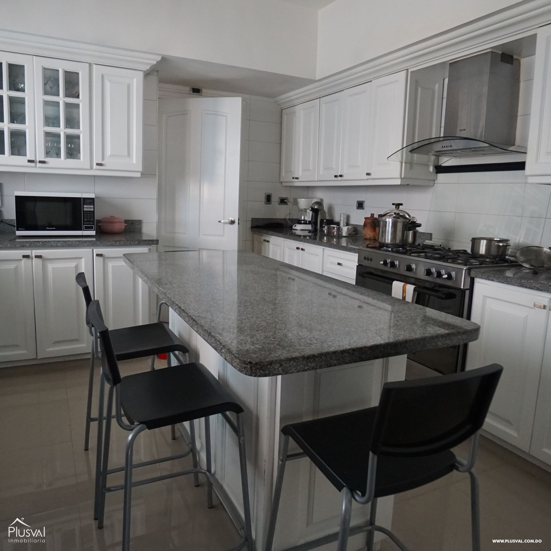 Lujoso apartamento en VENTA en Zona Residencial de NACO 182966