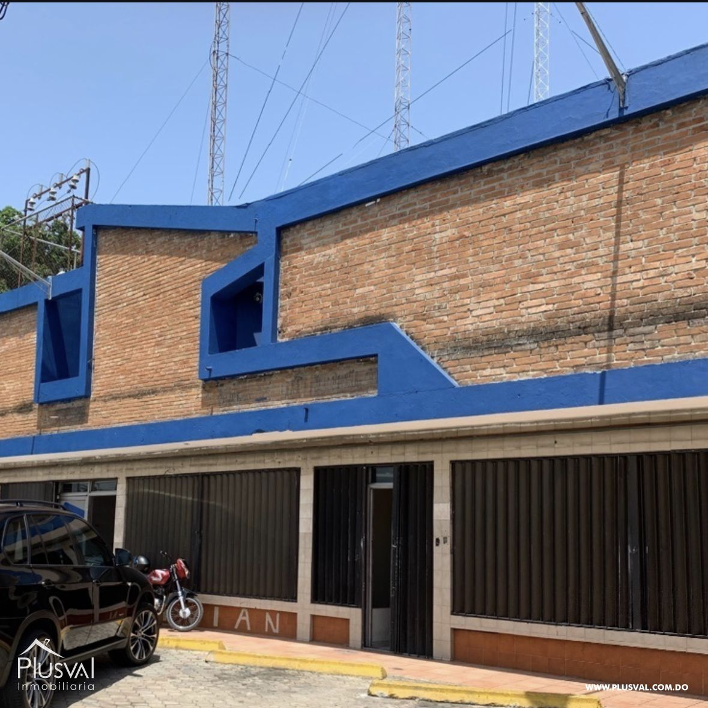 Local comercial en Los Prados
