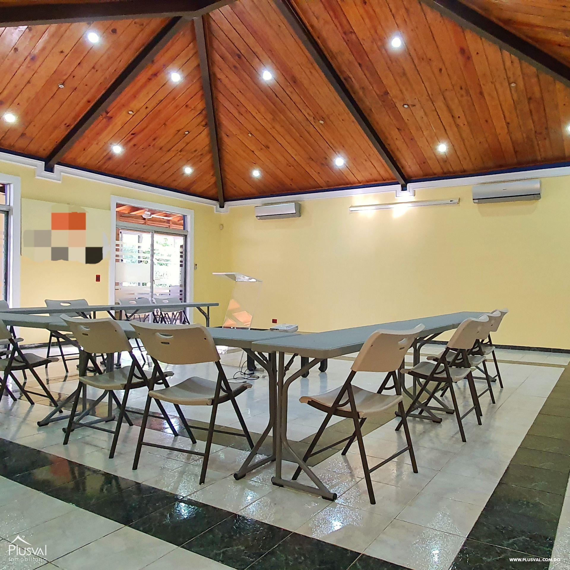 Alquiler edificio comercial 2 pisos en excelente zona Gazcue