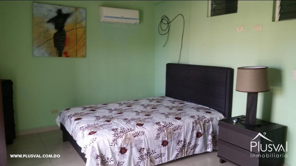 Baños Closet Amueblado:Apartamento en venta, completamente amueblado en Miraflores 8855