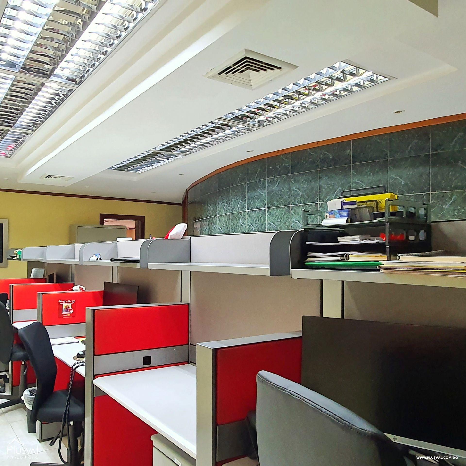 Alquiler edificio comercial 2 pisos en excelente zona Gazcue 165945