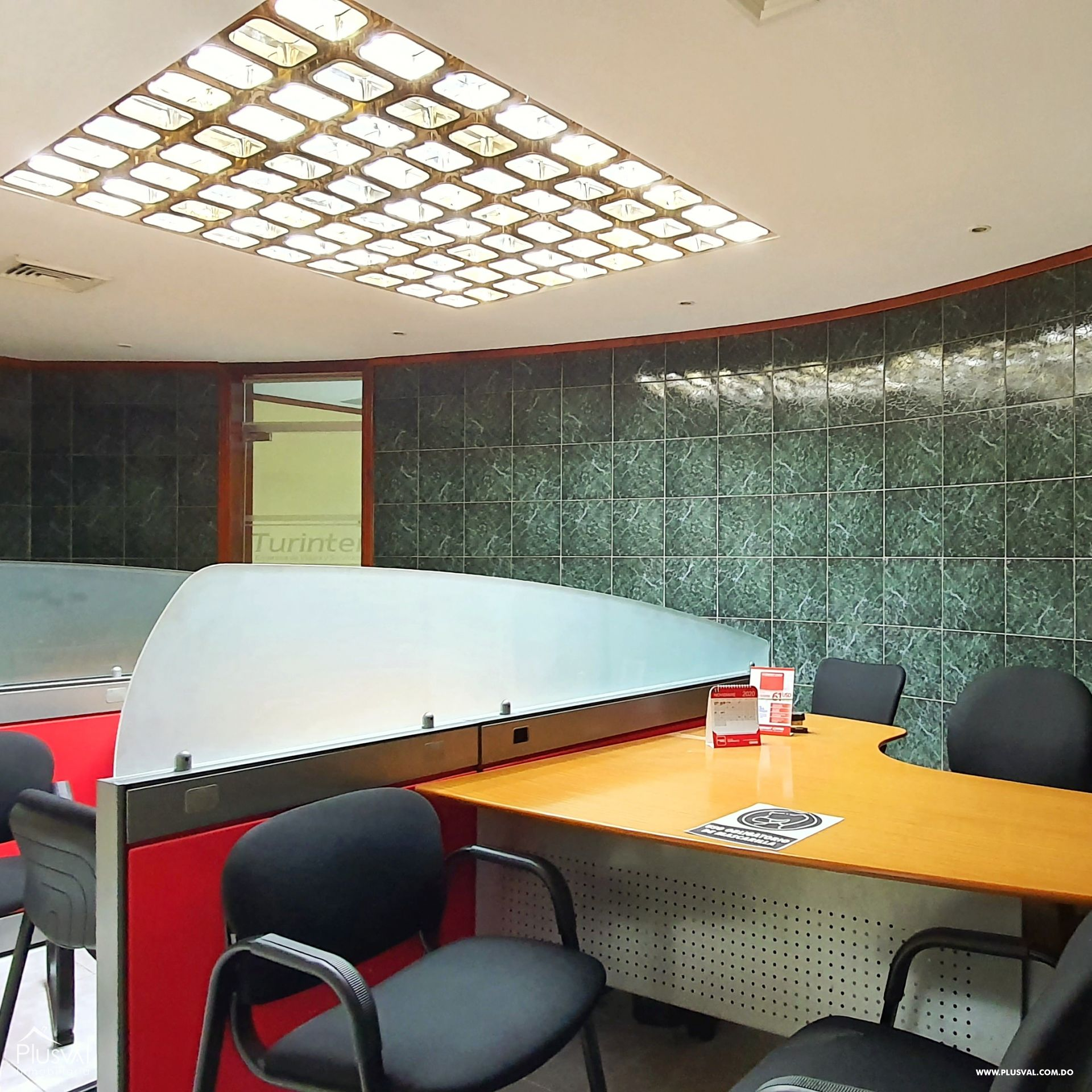 Alquiler edificio comercial 2 pisos en excelente zona Gazcue 165950