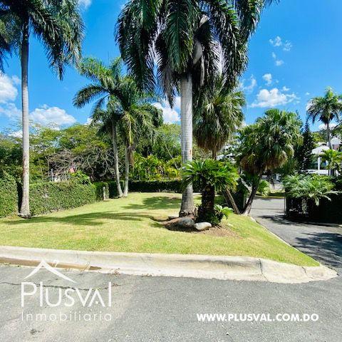 Hermosa casa en alquiler en zona residencial y exclusiva en Los Rios Arroyo Hondo 169679