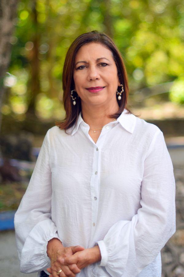 Elizabeth Portalatin