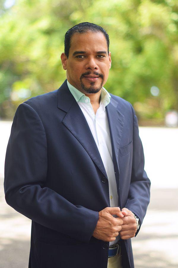 Luis Vásquez