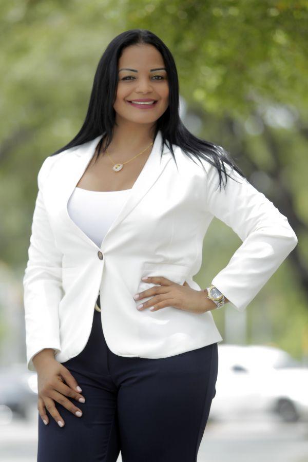 Claudia Salomón